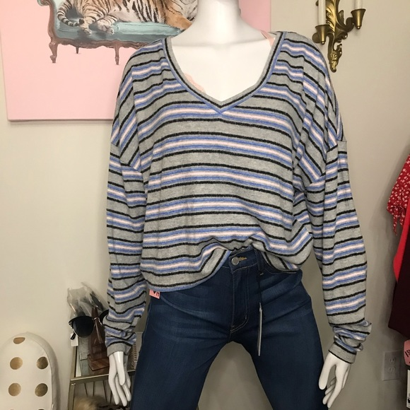 🆕 Wild Fable super comfy long sleeve stripe shirt
